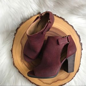 Lucky Brand leather peep toe ankle booties